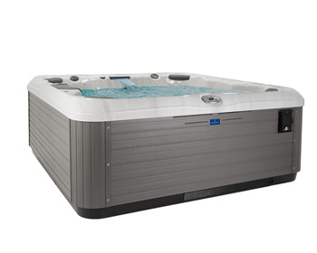 Villeroy Boch Outdoor Whirlpool X-Series